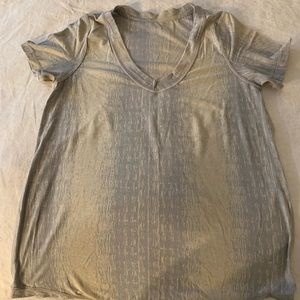 Lululemon Lightweight V-neck Tee